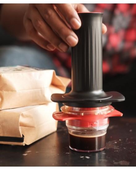 Cafflano Kompresso + 2 Packs Coffee Beans